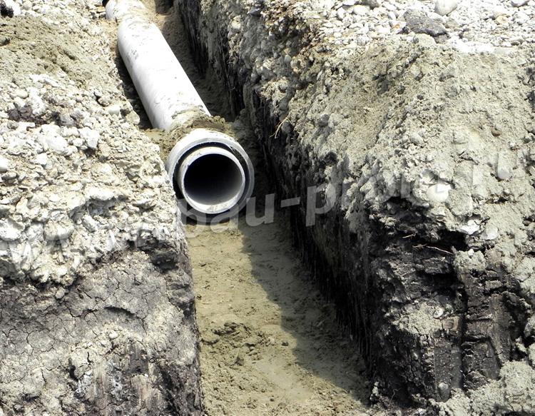муфты на местах соединения асбестоцементных труб