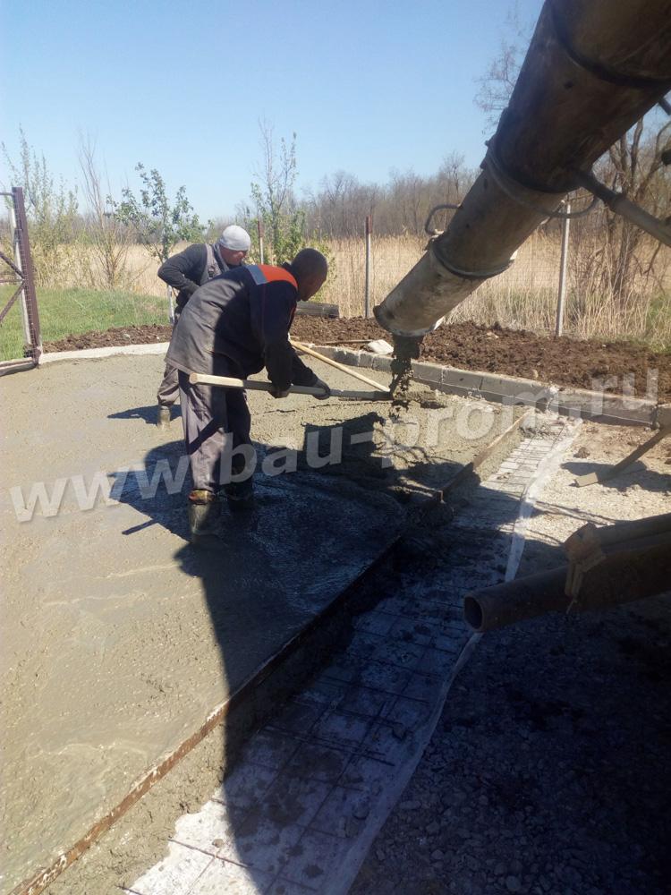прием бетона из автобетоносмесителя