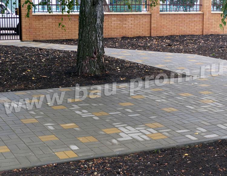 готовое покрытие из тротуарной плитки
